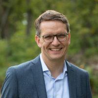 Bernhard Adams